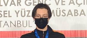Berke Saka'dan iki 17-18 yaş yeni Türkiye rekoru daha