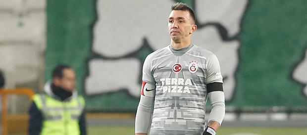 """Muslera: """"Galatasaray her zaman şampiyonluğun en önemli adayıdır"""""""