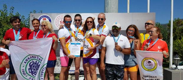 TYF Uluslararası Masterlar Yaz Yüzme Şampiyonası'nda 22 madalya