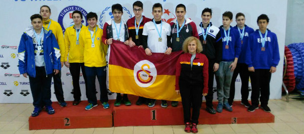 Türkiye Bireysel Yıldızlar Yüzme Şampiyonası başladı