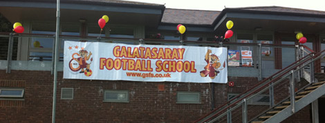 İngiltere Galatasaray Futbol Okulu Açıldı