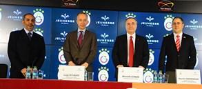 Galatasaray'ın yeni sponsoru: Jeunesse Global
