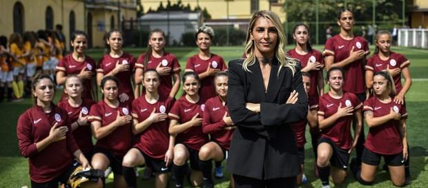 """Galatasaray Kadın Futbol Takımı Teknik Direktörü Nurcan Çelik: """"Bu ailenin parçası olmak gurur verici"""""""