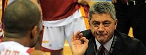 Maça Doğru: Efes Pilsen - Galatasaray Cafe Crown